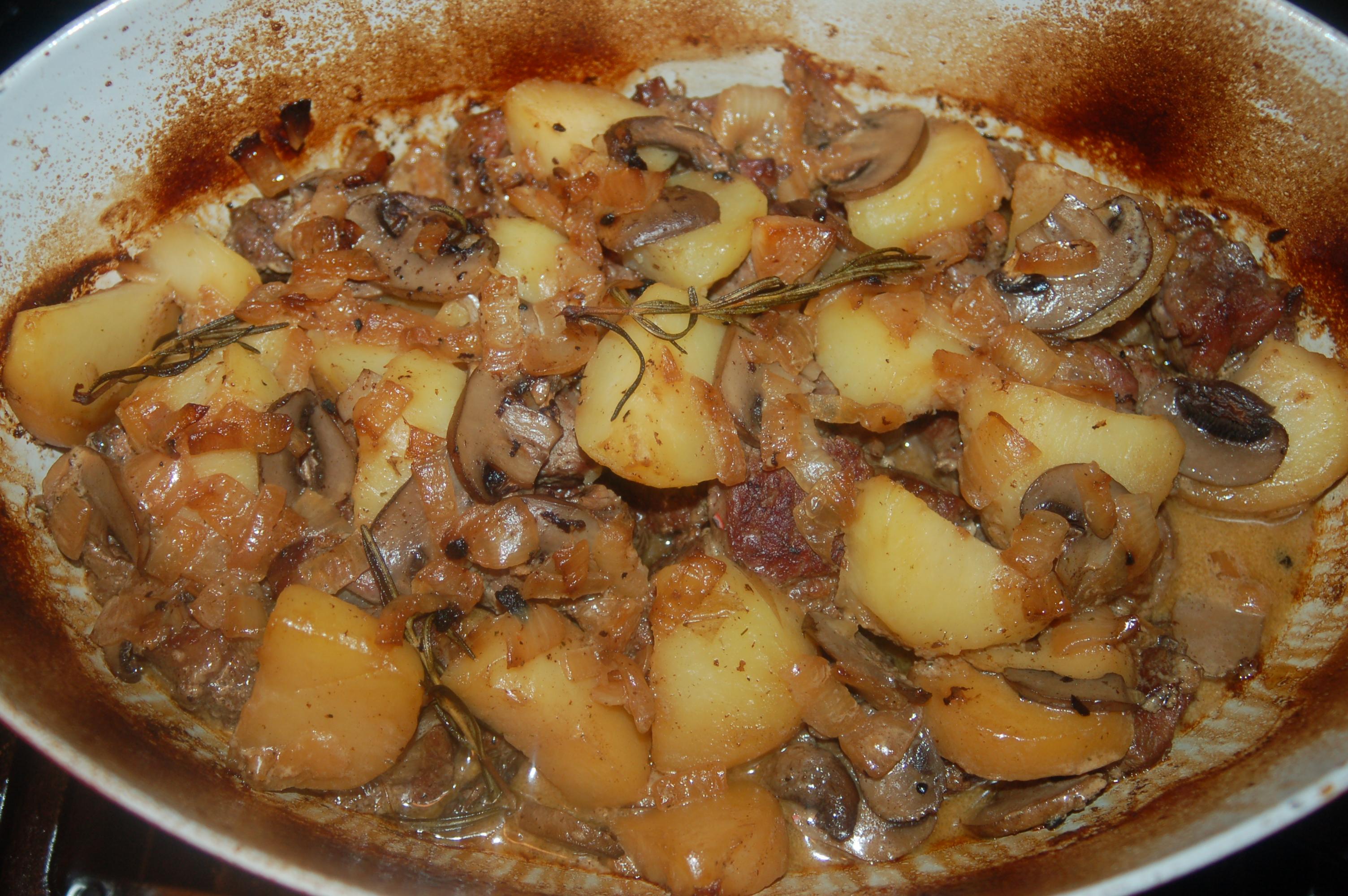Lamb with Scalloped Potato and Mushroom Pie Casserole (serves 4-6 ...