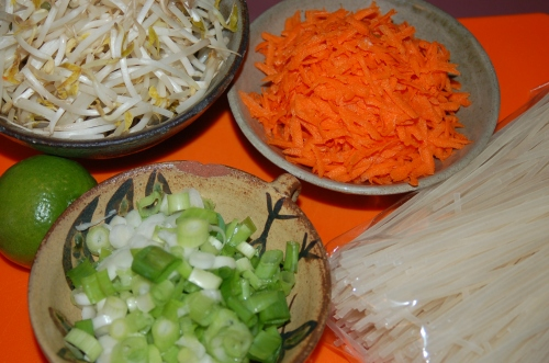 Main ingredients for Pad thai