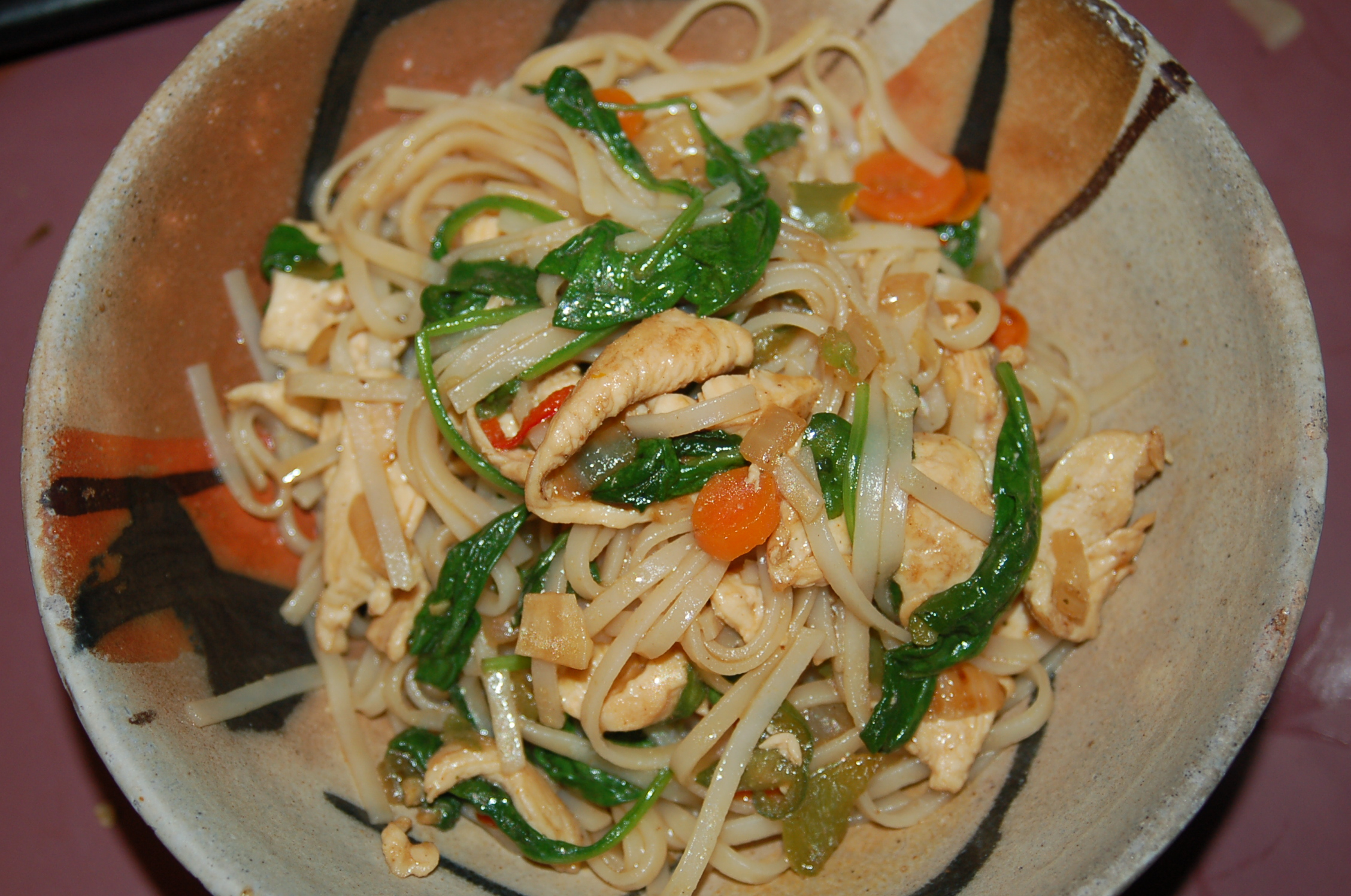 The Best Stir Fry Rice Noodles With Chicken And Vegetables Serves 4 Crappy Kitchen Good Dinners
