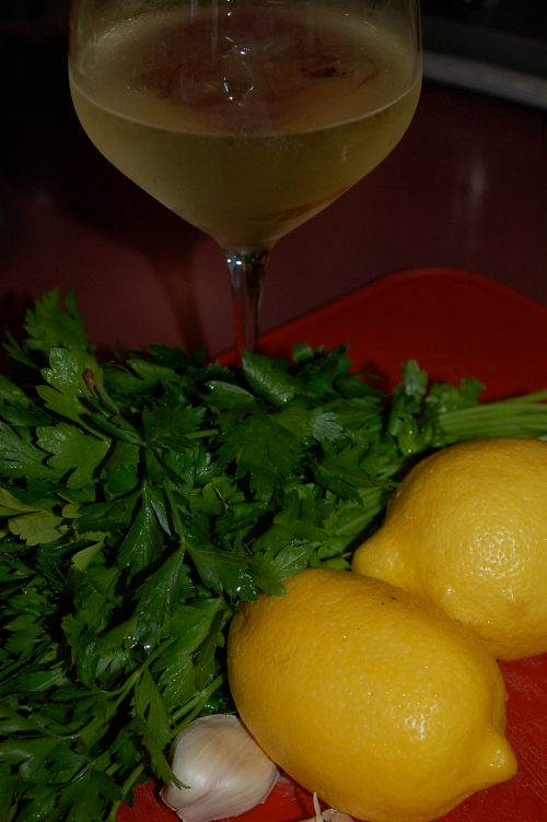 Parsley, lemons, garlic & wine (great combination flavor)
