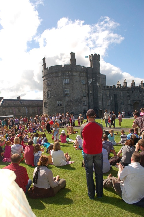 kilkenny castle on the great lawn watching magigian