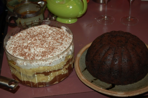 My trifle and pudding standing by in the kitchen for desserrt (two more dishes i have had to come to terms with)