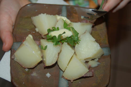 An excellent little plate of boiled potatoes