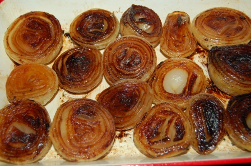 Baked onions, a new Thanksgiving side dish